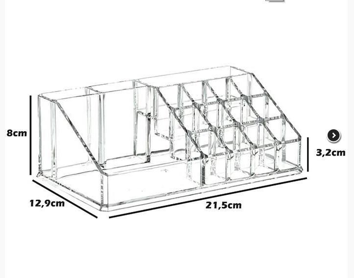 Кутия PVC малки части и инструменти